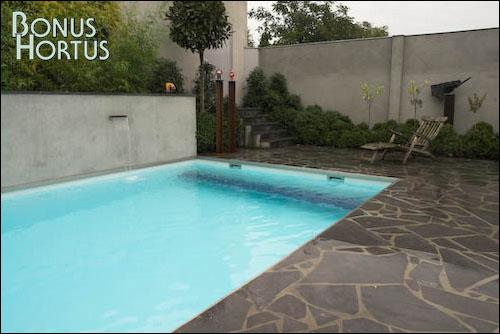 Bonus hortus tuinontwerp bestrating - Muur zwembad ...